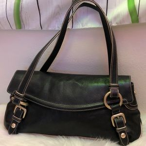 Kenneth Cole Leather Shoulder Excellent Condition